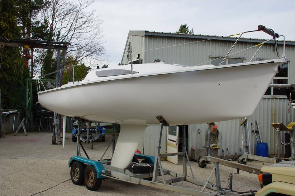 Le surprise 768 vient de sortir du chantier bg race aspro surprise 7681 altavistaventures Image collections